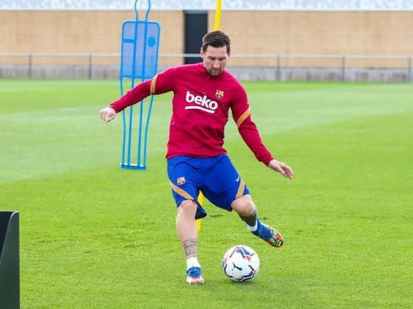 Bóng đá quốc tế 12/9: Messi thoát án treo giò