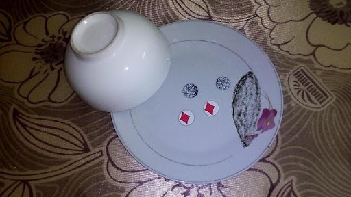 Sử dụng xóc đĩa bịp đem về lợi ích tiền bạc cho nhà cái