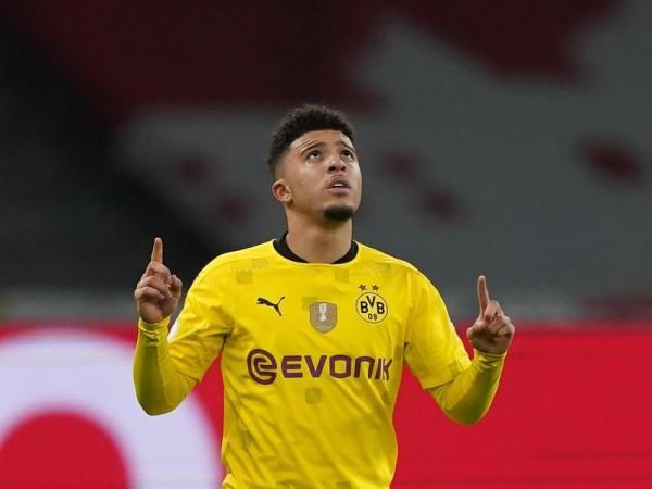 Bóng đá quốc tế sáng 11/6: Dortmund từ chối MU